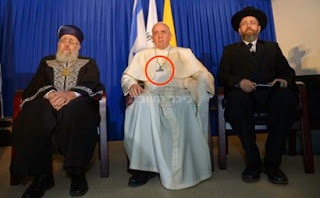 Men of Open Lawlessness : The Antichrist and his 'precursor' - the Antipope (Pachapapa Bergoglio)